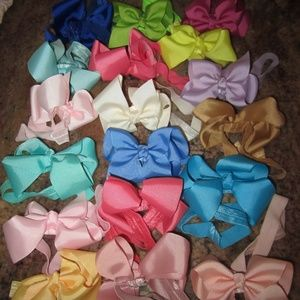 Other - Set of 18 Newborn/Infant Girl's Bow Headbands